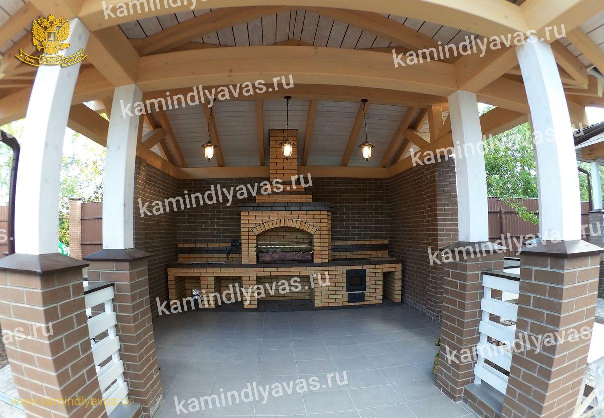 Это стационарная печь-мангал, которую, руководствуясь лучшими традициями пе